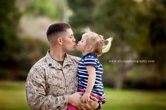 my daddy is a marine <3 (its not me i found this... although i should have a picture like this somewhere)