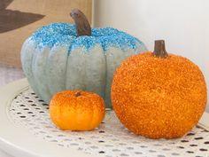 diy glitzer kürbisse idee halloweendeko orange blau