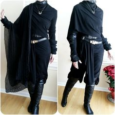 Put The Egg Back aesthetic dark Put The Egg Back Dark Fashion, Gothic Fashion, Mein Style, Cool Outfits, Fashion Outfits, Drawing Clothes, Character Outfits, Visual Kei, Costume Design
