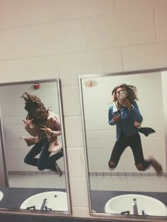 15 Selfies for friends who are almost like sisters - - Bff Pictures Bff Pics, Photos Bff, Cute Friend Pictures, Friend Picture Poses, Crazy Photos, Silly Photos, Friend Poses, Happy Pictures, Shooting Photo Amis