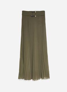 1228fd24b166 Отличных изображений на доске «Кожаная юбка»: 24   Feminine fashion ...
