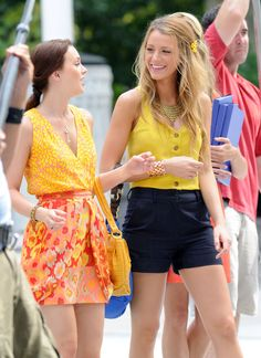one of the few times I will say I love what Serena is wearing. Blair too, but that's normal.