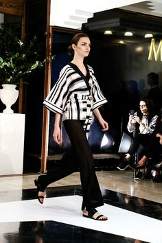 Mishka - Pasarela Moda Kimono, Kimono Top, Kimono Fashion, Designer Collection, Fashion Show, Runway, Tops, Women, Fashion Week Paris
