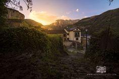 Fotografía realizada por Adrian Sediles Embi en el atardecer de Torla (Huesca), un lugar con vistas privilegiadas situado en Aragón.