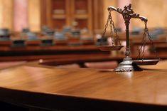 Casos judiciales, cuestiones policiales, situaciones en que median abogados, resoluciones de justicia, dictámenes y fallos, pueden también ser influenciados
