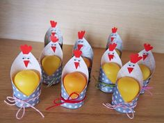 Ostern Stunning photography Bridesmaid Jewelry and Your closest friends Article Body: T Easter Crafts, Diy And Crafts, Crafts For Kids, Spring Crafts, Holiday Crafts, Holiday Decorations, Art D'oeuf, Chickens And Roosters, Easter Chickens