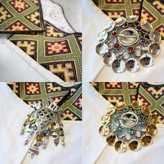 Bunadsølv til grønn beltestakk Abayas, Norway, Folk, Brooch, Costumes, Silver, How To Wear, Crafts, Inspiration