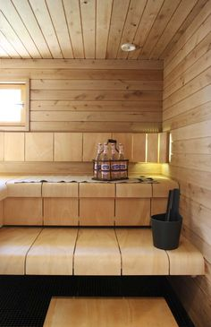 Do you want to create fabulous home sauna design ideas as your home design ideas? Creating a fabulous home sauna sounds great. In addition to making aesthetics in your home, a home sauna is very suitable for you to choose… Continue Reading → Saunas, Sauna Steam Room, Sauna Room, Spa Interior, Interior Design, Sauna Seca, Sauna House, Outdoor Sauna, Sauna Design
