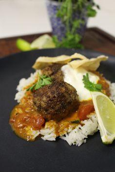 Indiska köttbullar med ris och ljuvlig sås