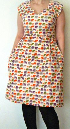 Washi dress - try dinosaur! Diy Clothing, Sewing Clothes, Clothing Patterns, Dress Patterns, 50 Style Dresses, Types Of Dresses, Modest Dresses, Washi Dress, African Print Fashion