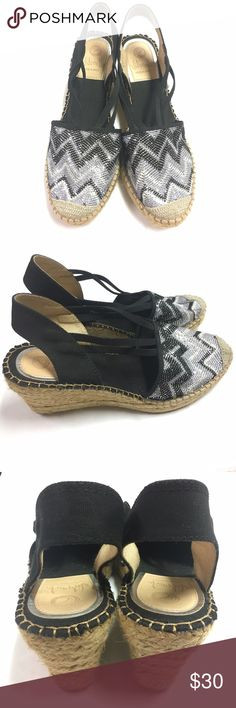 "Vidorreta Wedges Vidorreta Wedge made in Spain size: 8 heels: 2.5"" condition: very good Vidorreta Shoes Wedges"