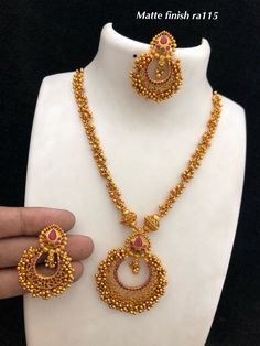 Temple jewellery available at Ankh Jewels for booking WhatsApp on Gold Necklace Simple, Gold Jewelry Simple, Golden Jewelry, Gold Earrings Designs, Gold Jewellery Design, Jewelry Model, Temple Jewellery, Dip, Jewelery