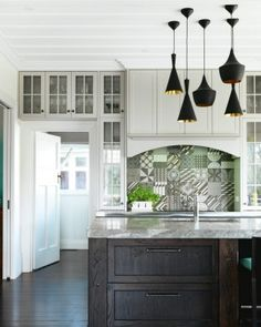 Check out these quirky kitchen concepts from our archives. Quirky Kitchen, Cute Kitchen, Kitchen Reno, Kitchen Design, Hob Splashback, Feature Tiles, Sustainable Living, Cool Kitchens, Interior Inspiration