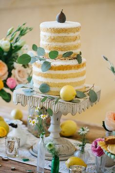 A vibrant and beautiful styled shoot inspired by The Amalfi Coast | LewChan Photography: lewchan.com
