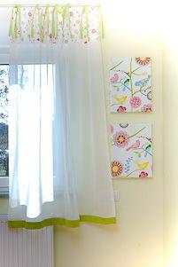 Dekoracja okna w pokoju dziewczynki - łączenie zasłony bawełnianej z woalem, całość na troczkach - wykonanie miniroom.pl Valance Curtains, Fabrics, Home Decor, Tejidos, Homemade Home Decor, Valence Curtains, Interior Design, Textiles, Home Interiors