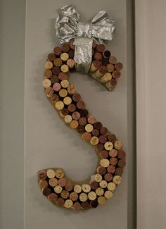 wine cork monogram wreath - diy