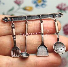 miniature kitchen utensils