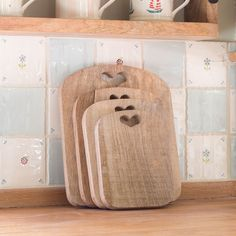 Set of 4 chopping boards made from Indian Mango Wood. Great for chopping veg or serving cold meats and cheese.