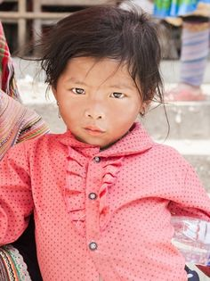A large colour Photographic print of a young Vietnamese Tribe girl looking into the camera with an intensity that belies her age. Image taken in the Bac Ha mountainous region of Northern Vietnam. Color Photography, Travel Photography, Colourful Photography, Rise Art, Vietnam Girl, Buy Art Online, Art Prints For Sale, Portrait, Children