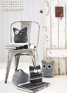 Check www.littledeer.nl voor mooie, vintage woonaccessoires. #Inspiratie #Wonen #Interieur Owl Doorstop, Touch Of Gray, Kids Inspire, Owl Nursery, Door Stop, Baby Kind, Baby Room Decor, Plush Dolls, Fabric Dolls