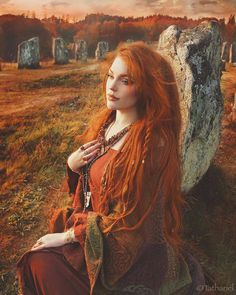 Hair Care Tips That You Shouldn't Pass Up. If you don't like your hair, you are not alone. Beautiful Red Hair, Gorgeous Redhead, Witch Hair, Red Hair Woman, Fantasy Photography, Beltane, Ginger Hair, Layered Hair, Redheads