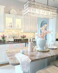 33 Gorgeous Romantic Kitchen Decoration Ideas - 33 Gorgeous Romantic Kitchen Decoration Ideas – Are you trying to convey a romantic theme within your home? This isn't such a bad idea as there are a lot of furniture and fixtures you can choose fro… Home Design Decor, Interior Design Living Room, Luxury Kitchens, Home Kitchens, Dream Kitchens, Home Decor Kitchen, Kitchen Design, Kitchen Ideas, Gold Kitchen