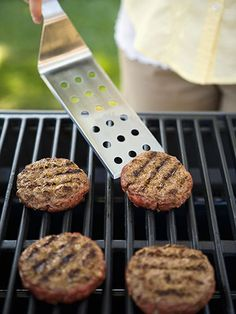 12 Ways to Cut Hundreds of Calories at Your Next BBQ #healthyeats #summer #cutcalories #barbecue