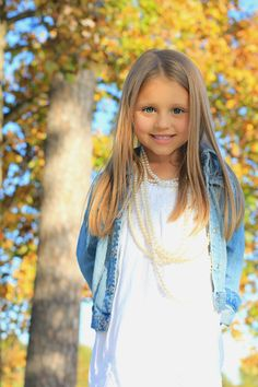 Beautiful little girl...gorgeous photography!