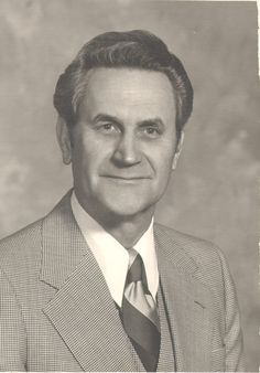 Earl Leon Taylor