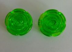 Vintage large green lucite clip on earrings in Jewellery & Watches, Vintage & Antique Jewellery, Vintage Costume Jewellery   eBay!