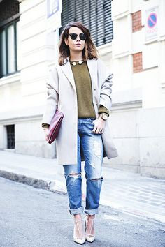 Pearls_Necklace-Ripped_Jeans-Olive_Clothing-Street_Style-Outfit-19 by collagevintageblog, via Flickr