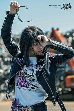 #rock #ロック #badge #バッジ #rck'nroll #ロックンロール #pinbadge #バッチ #rockandroll #ロカビリー #embroidered #ピンバッジ #rockabilly #バイク #rockers #ピンバッチ #motorcycle #オートバイ #leatherjacket #ロッカーズ #bike #カフェレーサー #レザージャケット #caferacer #ビンテージ #shikon67 #vintage Harajuku Japan, Greaser, Pin Badges, Bellisima, Asian Woman, Girl Power, Woods, Motorcycles, Shirt Designs