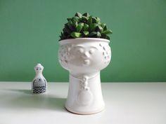 Vintage head planter / vase // Vintage Pflanzkopf Übertopf Bubikopf 60er von ILoveSparrows auf DaWanda.com