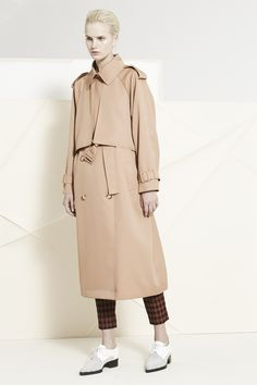 The trenchiest trench that ever trenched. Love you Stella.   Stella McCartney, Pre-Fall 14