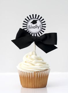 Graduation Cupcake Toppers - CLASS OF 2013 Printable