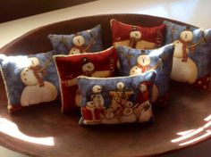 Snowman Pillows.......ofgfaap by hootnanniesbyjeanne on Etsy, $11.00
