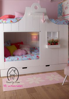 I want to figure out a way to build this for Rylee Girl Room, Girls Bedroom, Bedrooms, Little Girl Beds, Dutch House, Bunk Bed Designs, Kids Wood, Kids House, Bunk Beds