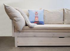 Saaristosohva vuodevaatelaatikolla Love Seat, Bed Pillows, Pillow Cases, Couch, Furniture, Design, Home Decor, Pillows, Settee