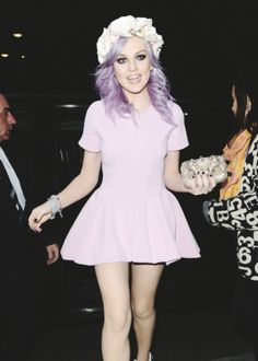 Perrie looking gorgeous tonight at the Brit Awards 2013!!! <3 <3 <3
