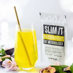 Our delicious Passionfruit SLIM IT🍹 is the perfect way to cool down during the warmer months! 🔥🔥 . Just simply mix ¼ teaspoon of our yummy SLIM IT Fat Metaboliser with 250mls-800mls of water and there you go! 😋 . www.uniquemuscle.com.au 💕 Cranberry Powder, Peach Ice Tea, Fat Burning Supplements, Iced Tea, Natural Flavors, Stress And Anxiety, Bubble Gum, Vegan Friendly, Save Energy