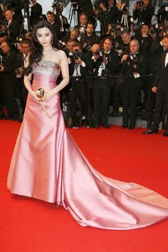 The Great Gatsby premiere – May 15 2013  Fan Bingbing's blush pink satin gown was custom-made by Louis Vuitton, while Chopard provided her diamond jewellery.