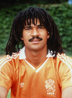 Ruud Gullit Best Football Players, National Football Teams, Football Jerseys, Soccer Players, Ruud Gullit, Real Madrid Wallpapers, Top Soccer, George Michael Wham, Soccer Poster