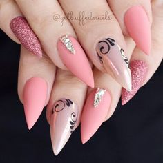 Acrylic nails are commonly used these days by all the nail art lovers. However, not everyone knows how to remove acrylic nails at home, but we do! Shellac Nail Designs, Shellac Nails, Matte Nails, Stiletto Nails, Acrylic Nail Designs, Glitter Nails, Nail Art Designs, Pink Glitter, Nails Design