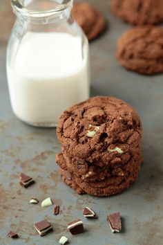 Chocolate Cookies with Thin Mints | My Baking Addiction. http://www.mybakingaddiction.com/