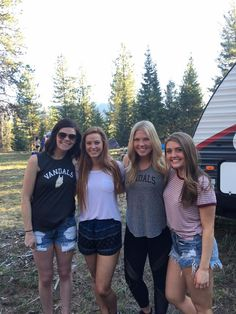 idahoalphaphi sorority recruitment GO GREEK bestfriends sisters University of Idaho UI UofI