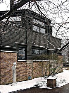 Frank Lloyd Wright own house & studio, Oak Park, Chicago