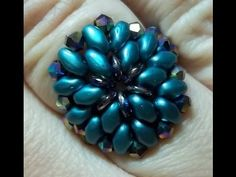 Oh Ring with superduos ~ Seed Bead Tutorials
