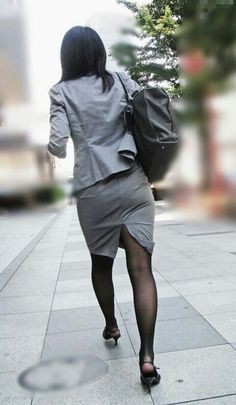 Dress Suits, Skirt Suit, Pencil Skirt Work, Sexy Hips, Black Stockings, Office Ladies, Tights, Normcore, Lady