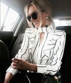 Dress white and black classy fashion ideas Work Fashion, Fashion Clothes, Fashion Dresses, Fashion Looks, Classy Fashion, Classy Outfits, Casual Outfits, Cute Outfits, Mode Kimono