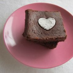 Flourless Brownies with Berries | 29 Valentine's Day Treats